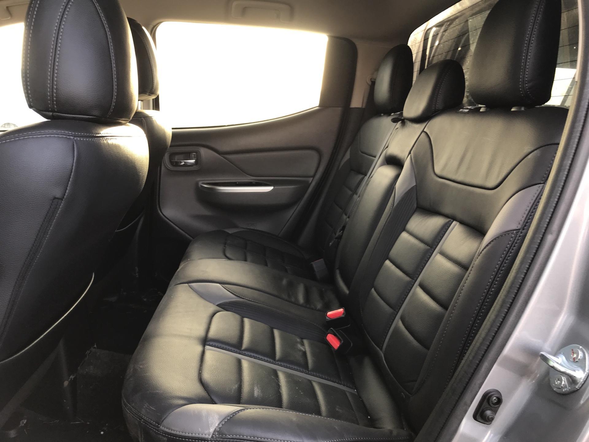 2017 Mitsubishi L200 D/CAB DI-D 178 BARBARIAN AUTO EURO 6 *NO VAT* (WR17SMV) Image 19