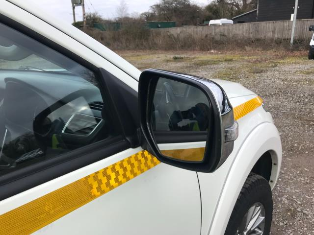 2017 Mitsubishi L200 Double Cab Di-D 178 Warrior 4Wd Auto EURO 6 (WR17SNK) Image 39