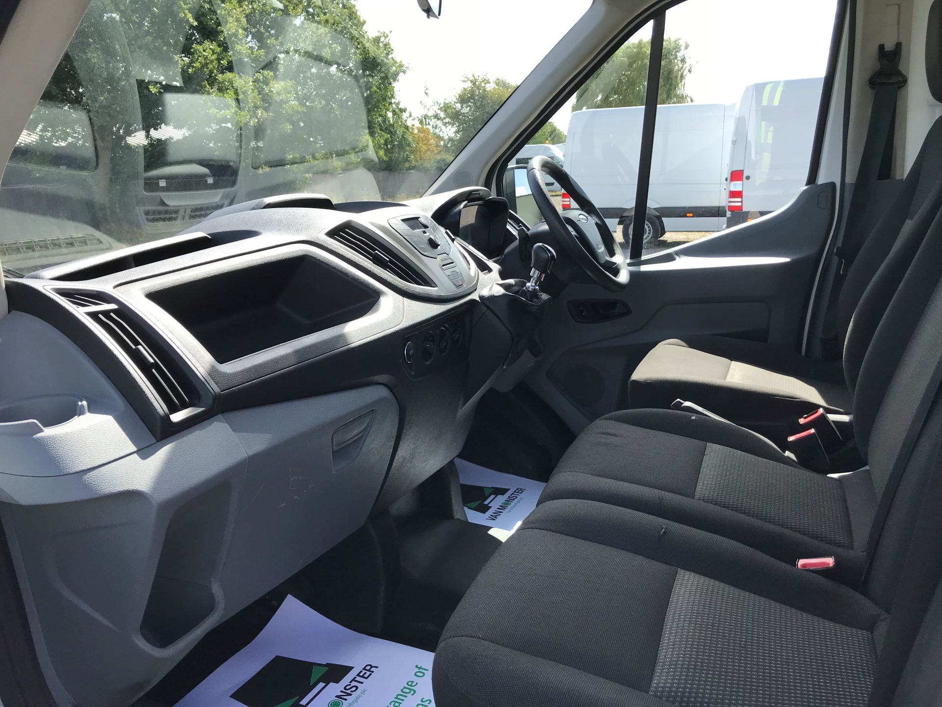 2015 Ford Transit 350 L4 DROP SIDE 125PS EURO 5 (WR65RMY) Image 19