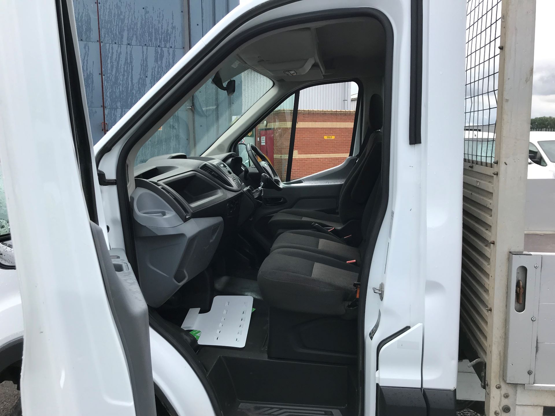 2015 Ford Transit 2.2 Tdci 125Ps Chassis Cab (WR65RVT) Image 12