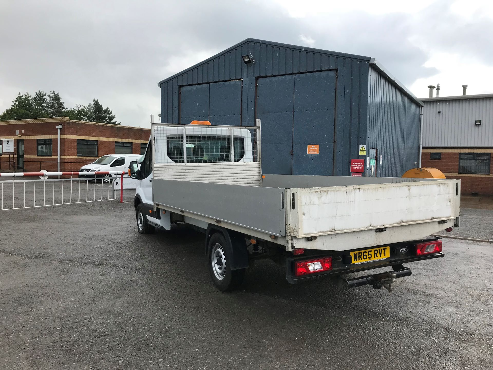 2015 Ford Transit 2.2 Tdci 125Ps Chassis Cab (WR65RVT) Image 6