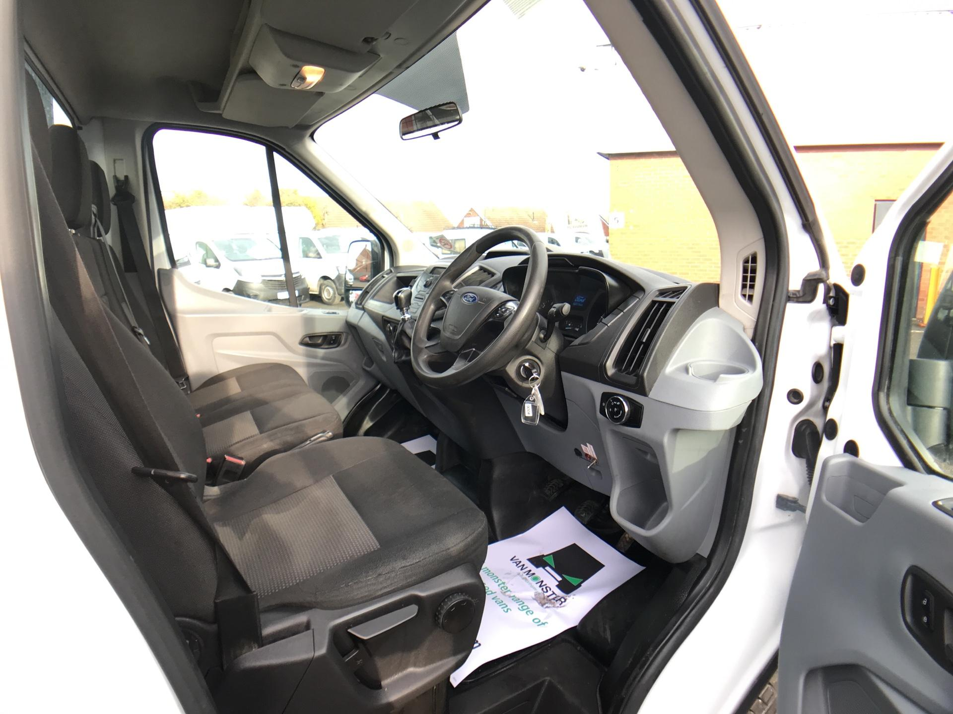 2016 Ford Transit 350 L2 SINGLE CAB TIPPER 125PS EURO 5 *VALUE RANGE VEHICLE CONDITION REFLECTED IN PRICE* (WR65VYK) Image 9