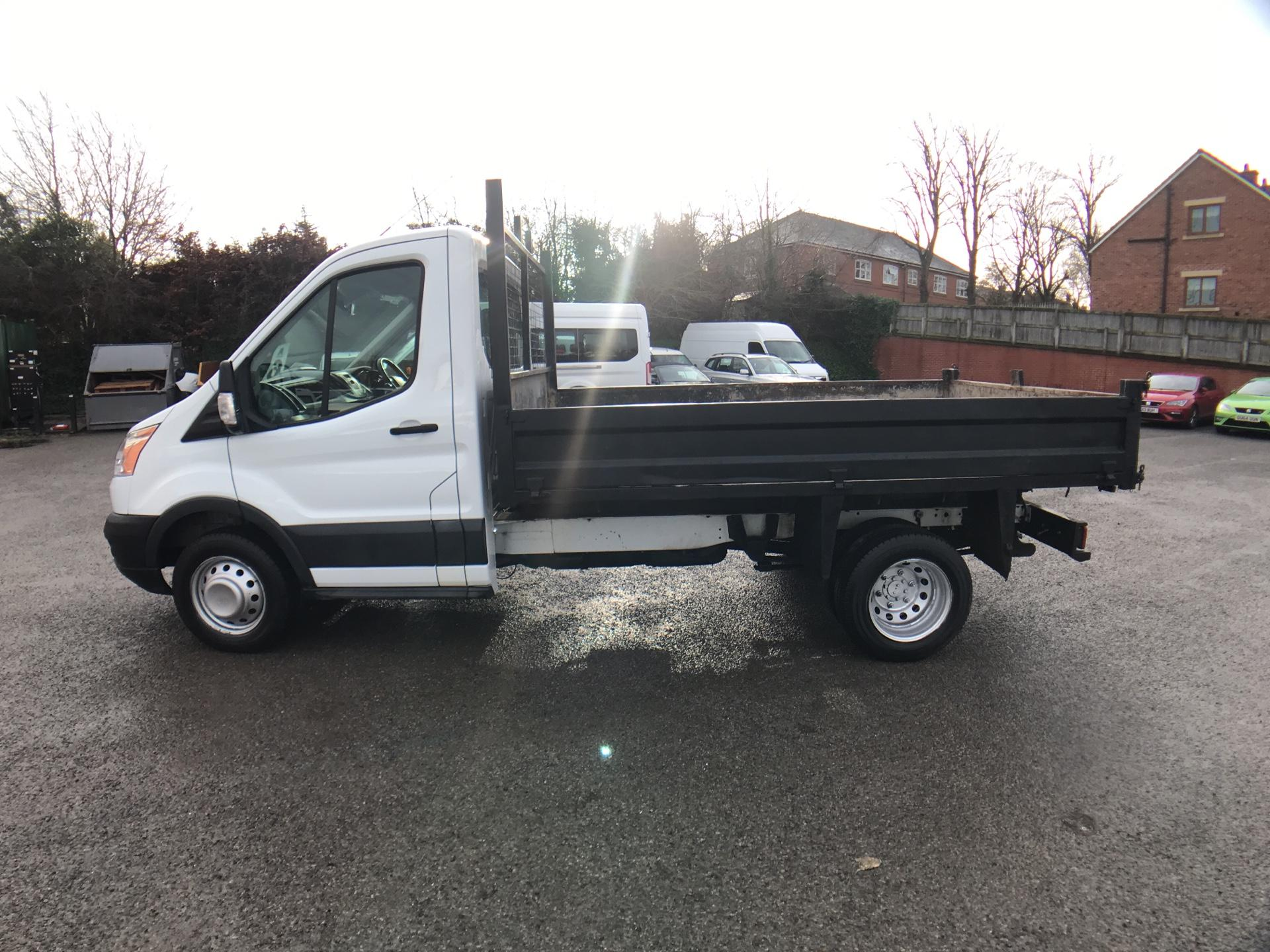 2016 Ford Transit 350 L2 SINGLE CAB TIPPER 125PS EURO 5 *VALUE RANGE VEHICLE CONDITION REFLECTED IN PRICE* (WR65VYK) Image 6