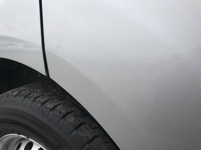 2017 Ford Transit Custom 2.0 Tdci 105Ps L2 High Roof Van (WR67YFN) Image 70