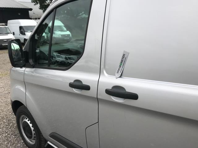2017 Ford Transit Custom 2.0 Tdci 105Ps L2 High Roof Van (WR67YFN) Image 63