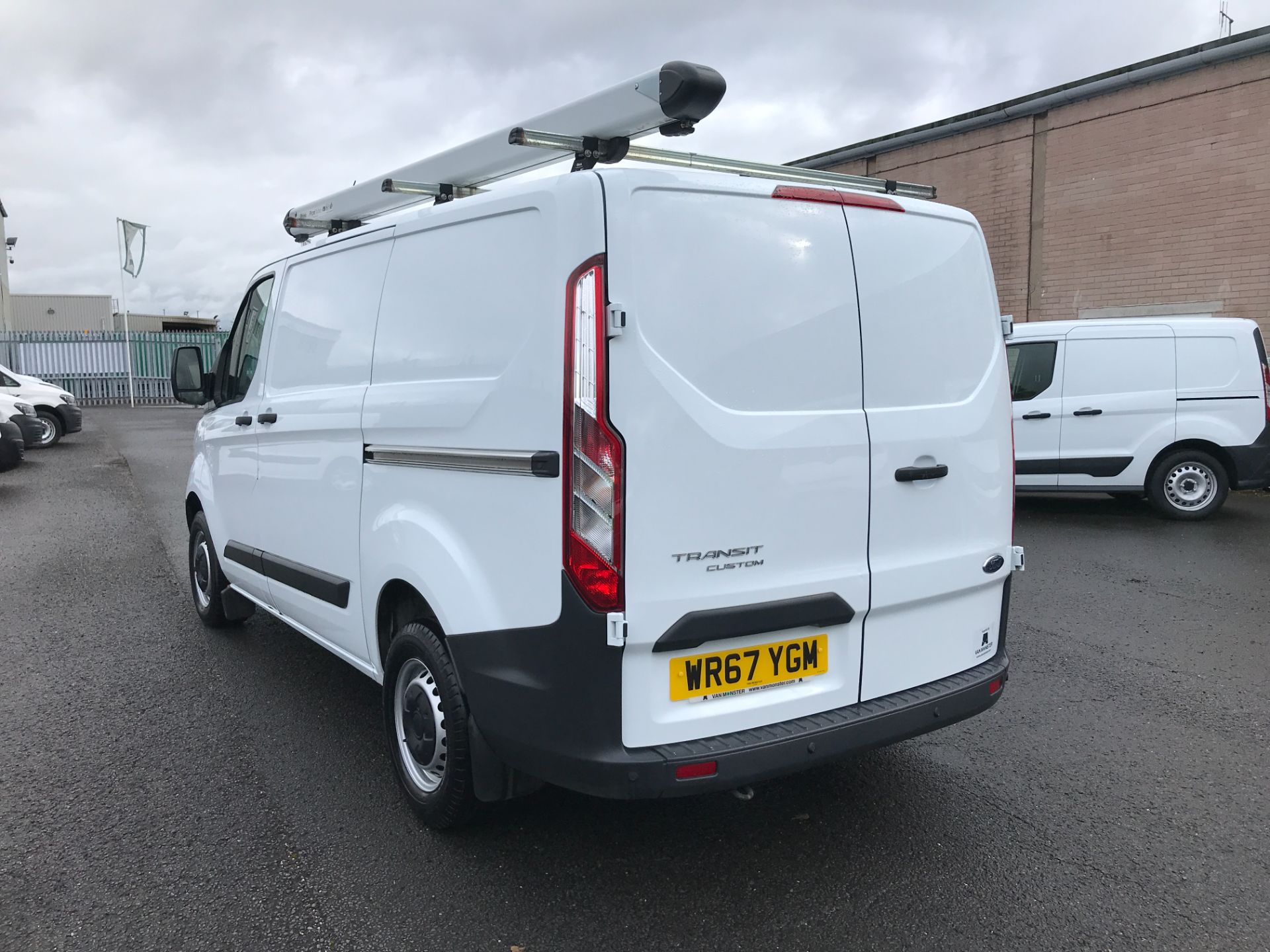 2018 Ford Transit Custom  290 L1 2.0TDCI 105PS LOW ROOF EURO 6 (WR67YGM) Image 4