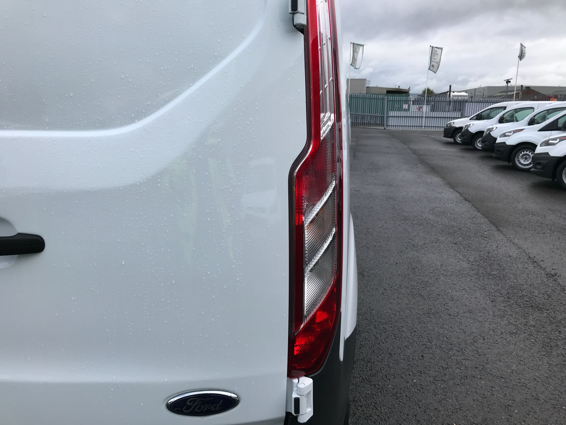 2018 Ford Transit Custom  290 L1 2.0TDCI 105PS LOW ROOF EURO 6 (WR67YGM) Image 35
