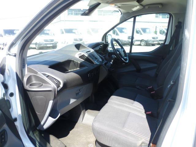 2016 Ford Transit Custom 290 L1 DIESEL FWD 2.2 TDCI 125PS LOW ROOF TREND VAN EURO 5 (WT16DMU) Image 18
