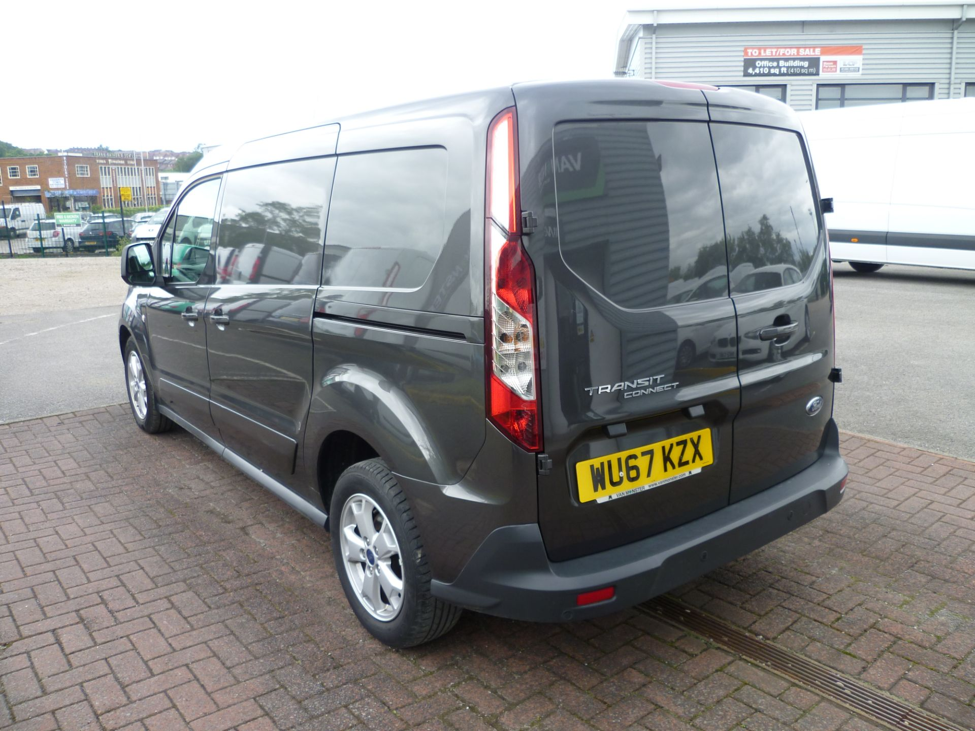 2017 Ford Transit Connect T240 L2 H1 120PS LIMTED EURO 6  (WU67KZX) Image 5