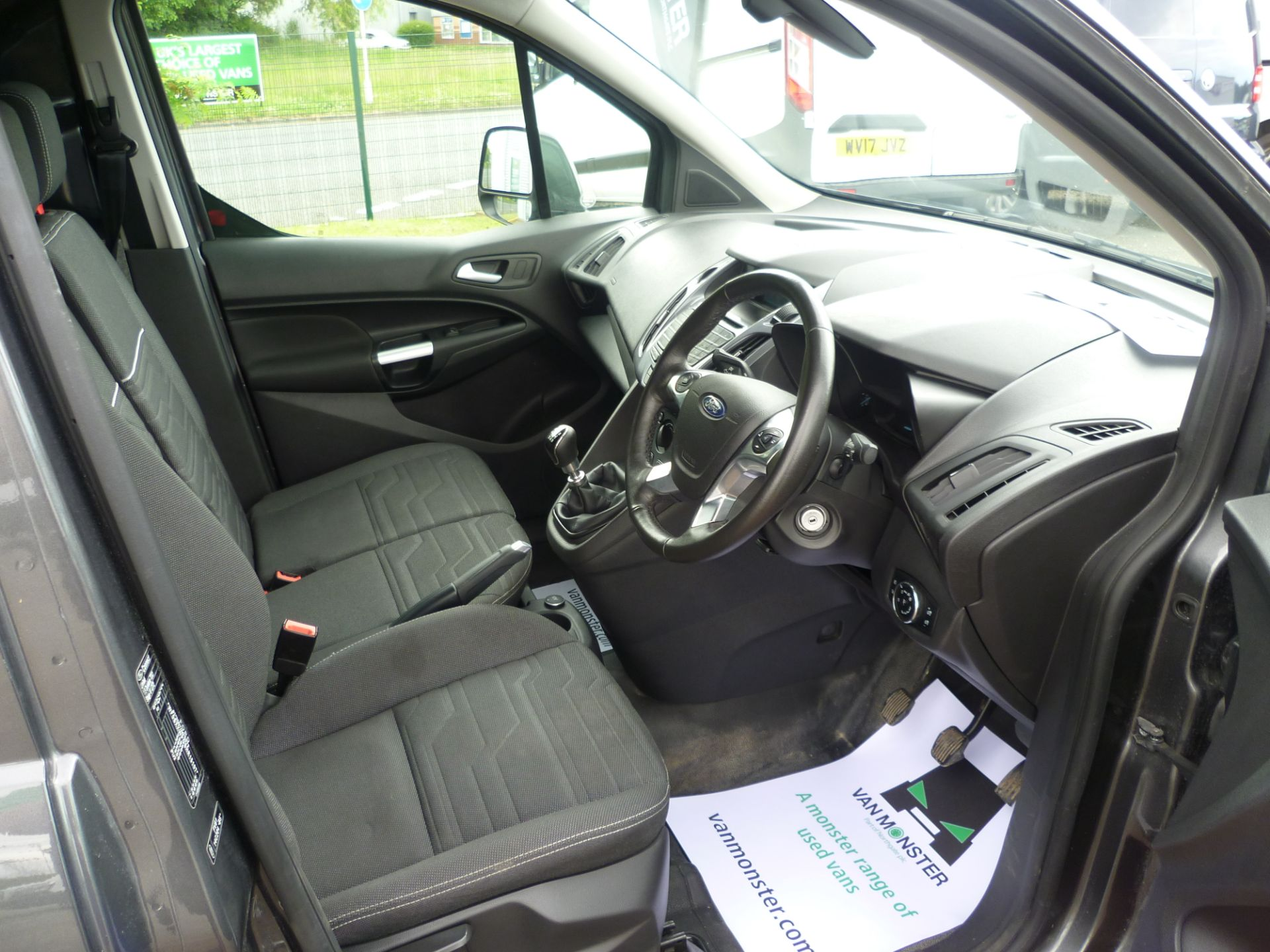 2017 Ford Transit Connect T240 L2 H1 120PS LIMTED EURO 6  (WU67KZX) Image 17
