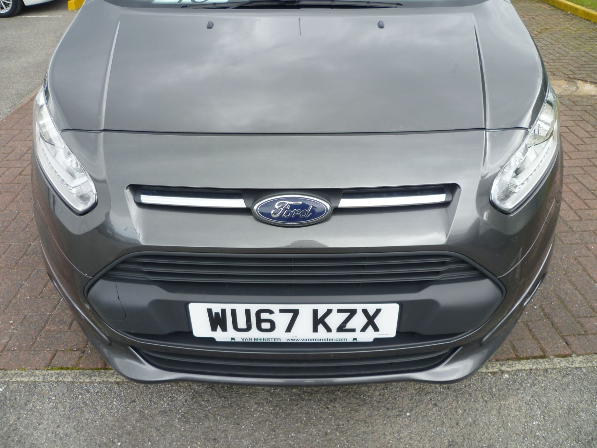 2017 Ford Transit Connect T240 L2 H1 120PS LIMTED EURO 6  (WU67KZX) Image 12