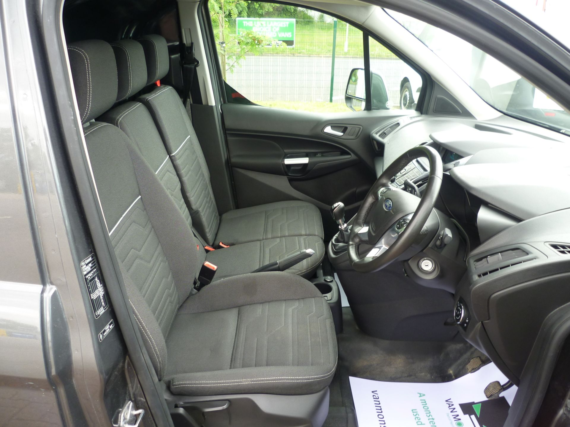 2017 Ford Transit Connect T240 L2 H1 120PS LIMTED EURO 6  (WU67KZX) Image 18
