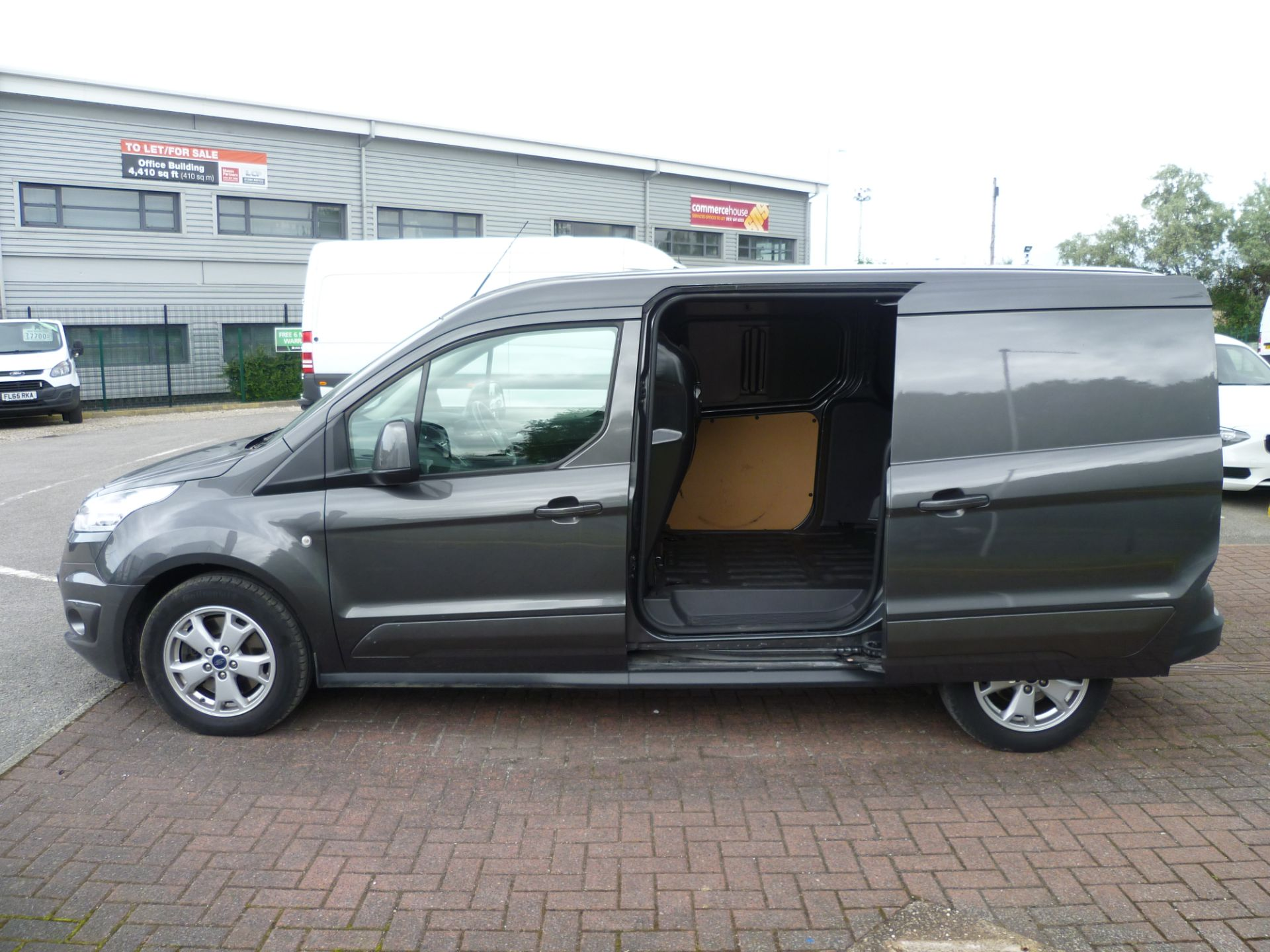 2017 Ford Transit Connect T240 L2 H1 120PS LIMTED EURO 6  (WU67KZX) Image 10