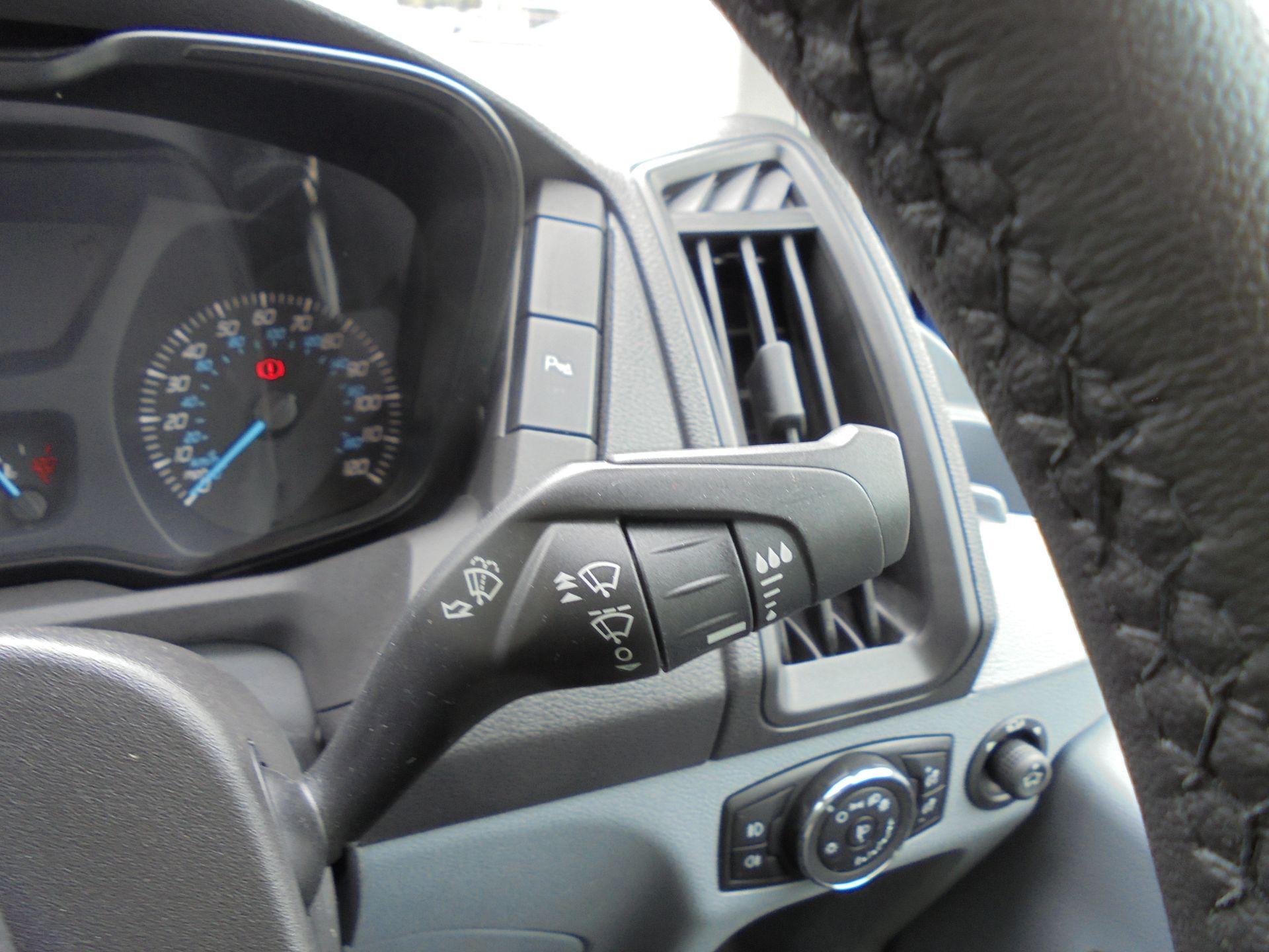 2018 Ford Transit 2.0 Tdci 130Ps H2 D/Cab Van Air/con (WU68PJX) Image 2