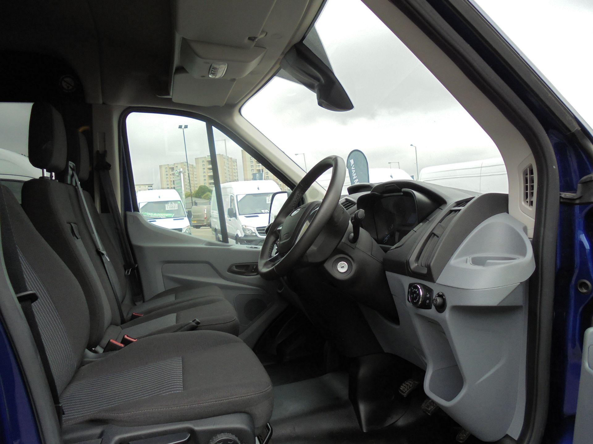 2018 Ford Transit 2.0 Tdci 130Ps H2 D/Cab Van Air/con (WU68PJX) Image 20