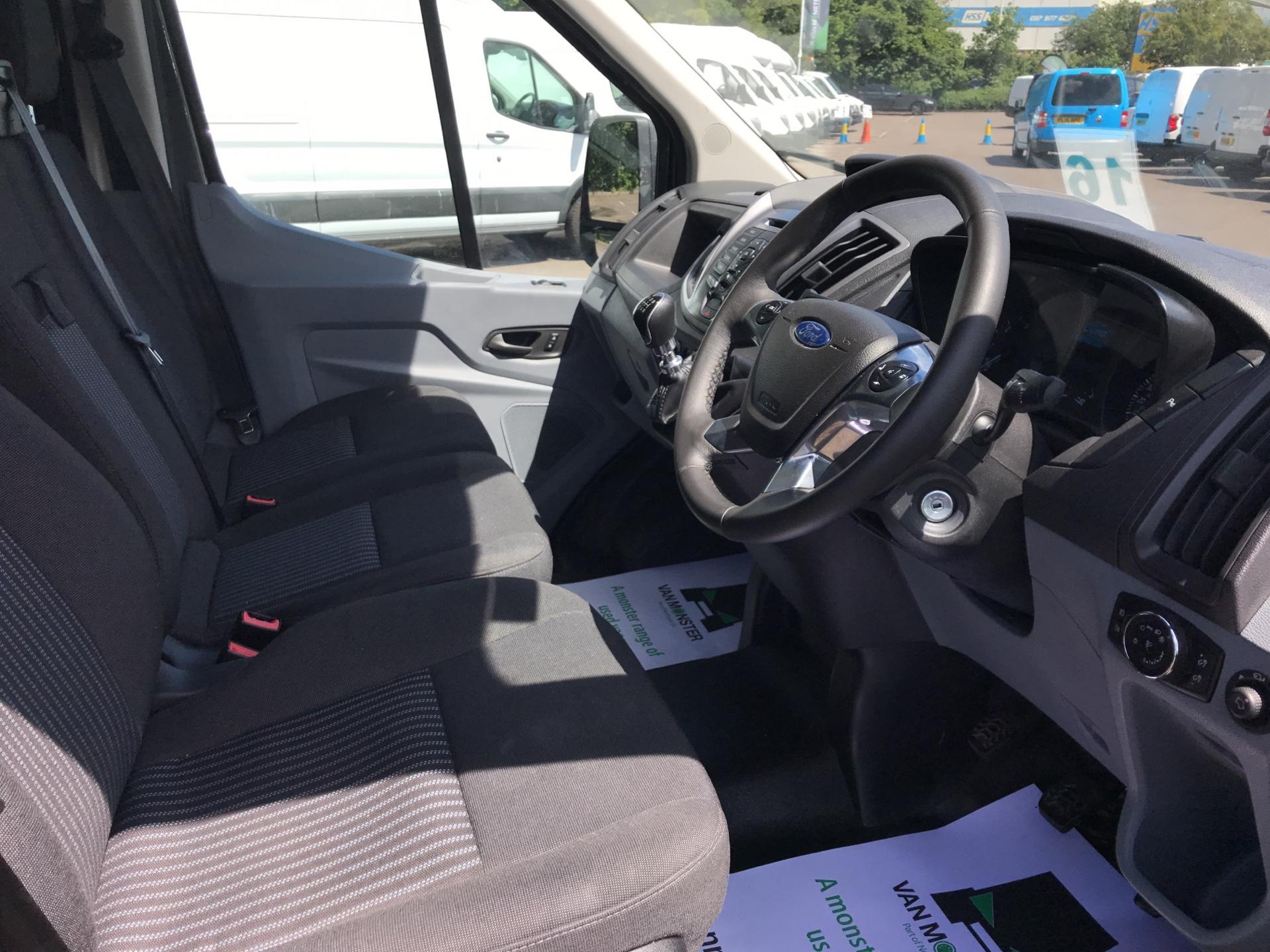 2018 Ford Transit 2.0 Tdci 130Ps H2 D/Cab Crew Van Euro 6 (WU68PXA) Image 9