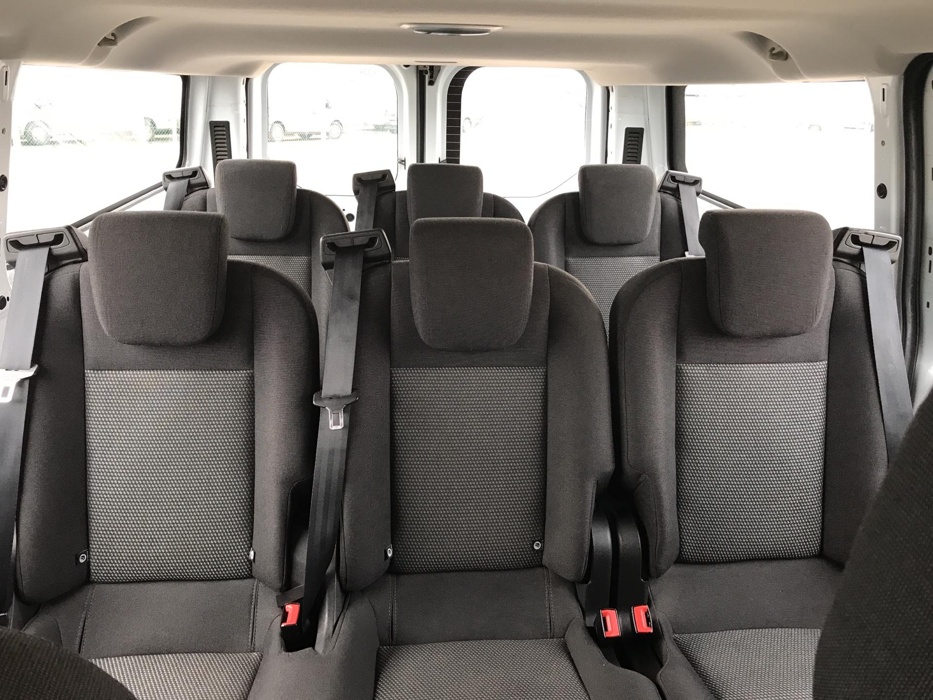 2015 Ford Transit Custom 310 L2 DIESEL FWD 2.2 TDCI 125PS LOW ROOF KOMBI VAN EURO 5 VAT INC (WV15JNJ) Image 17