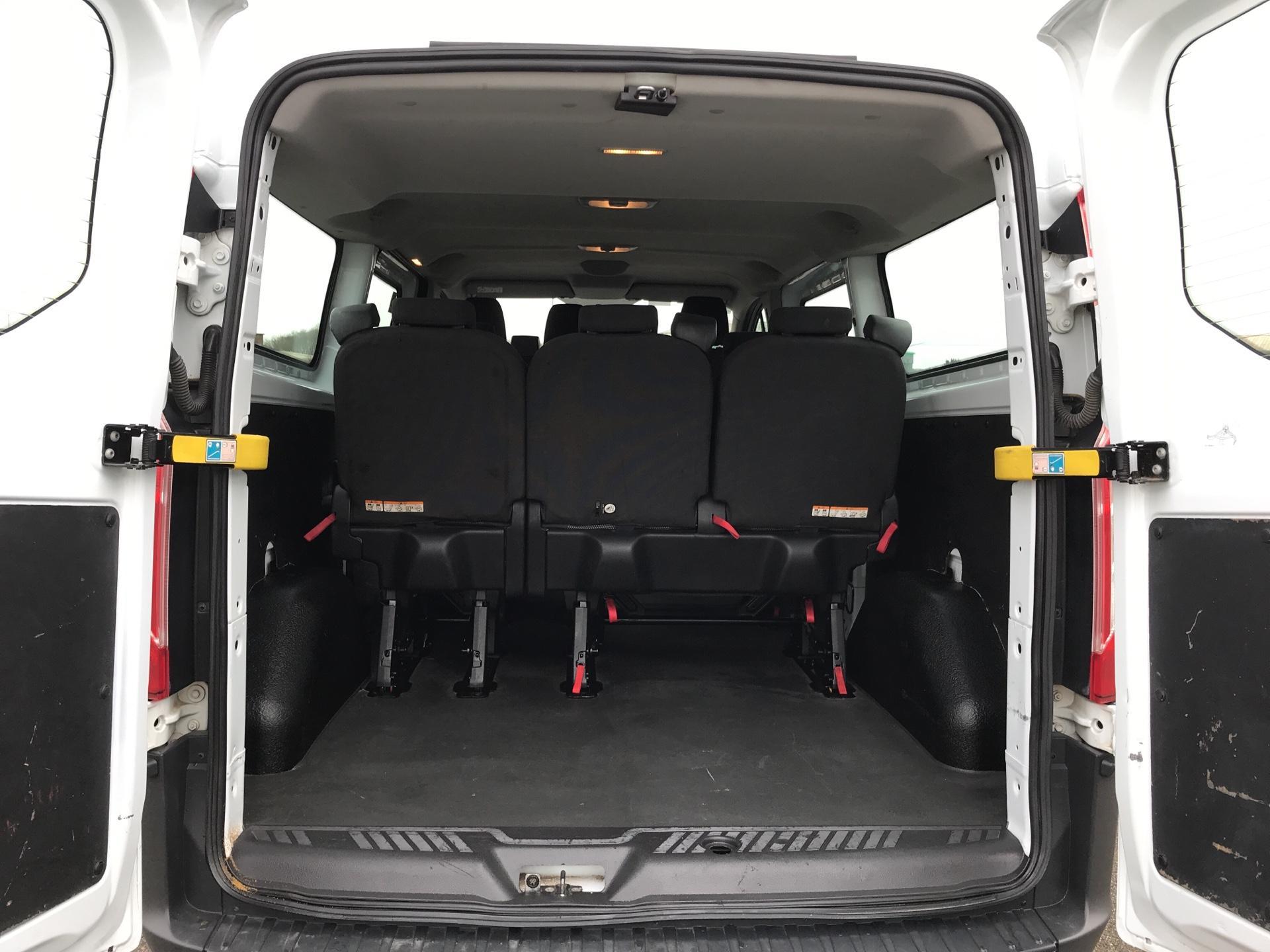 2015 Ford Transit Custom 310 L2 DIESEL FWD 2.2 TDCI 125PS LOW ROOF KOMBI VAN EURO 5 VAT INC (WV15JNJ) Image 15