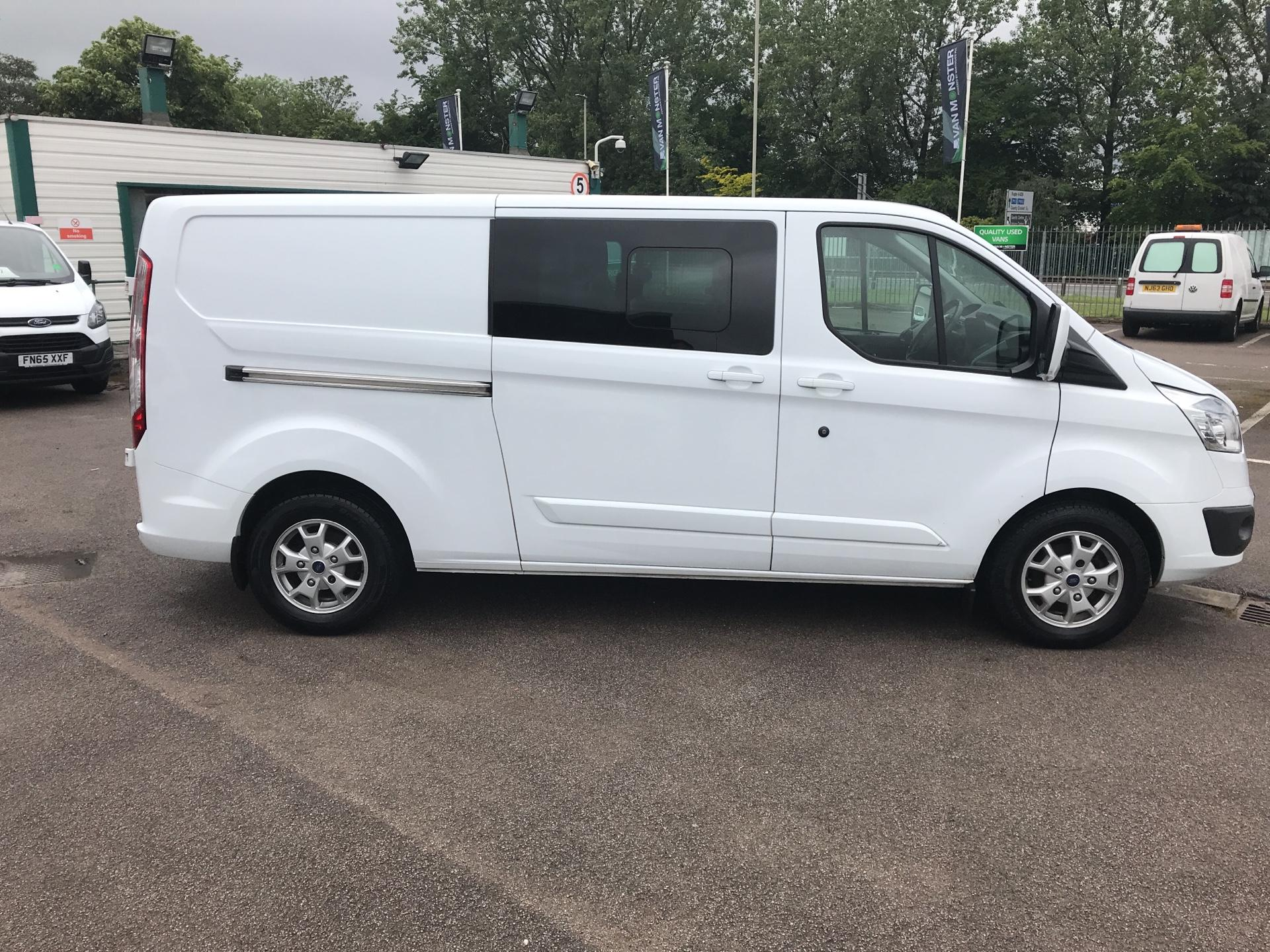 2015 Ford Transit Custom  290 L2 DIESEL FWD 2.2 TDCI 125PS LOW ROOF D/CAB LIMITED VAN EURO 5 (WV15VBL) Image 2