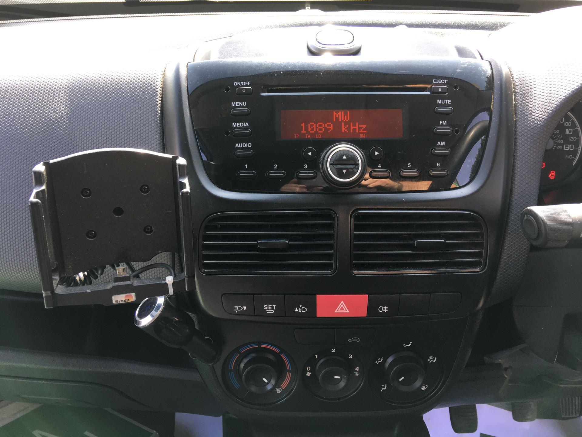 2015 Fiat Doblo CARGO MAXI DIESEL 1.6 MULTIJET 16V START/STOP EURO 5 (WV15XYO) Image 3