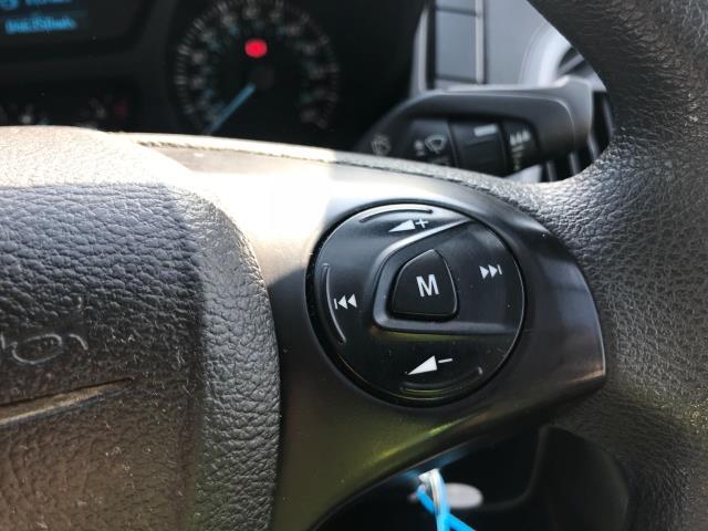 2017 Ford Transit Custom  290 L1 DIESEL FWD 2.0 TDCI 105PS LOW ROOF VAN EURO 6 (WV17JXK) Image 35