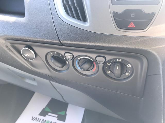 2017 Ford Transit Custom  290 L1 DIESEL FWD 2.0 TDCI 105PS LOW ROOF VAN EURO 6 (WV17JXK) Image 31