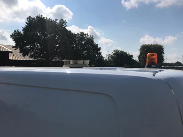 2017 Ford Transit Custom  290 L1 DIESEL FWD 2.0 TDCI 105PS LOW ROOF VAN EURO 6 (WV17JXK) Image 19