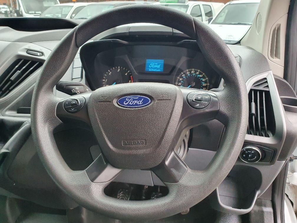 2017 Ford Transit Custom  290 L1 DIESEL FWD 2.0 TDCI 105PS LOW ROOF VAN EURO 6 (WV17JXL) Image 9
