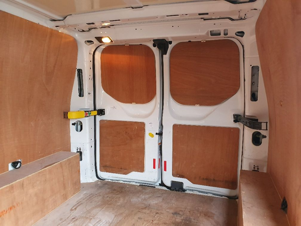 2017 Ford Transit Custom  290 L1 DIESEL FWD 2.0 TDCI 105PS LOW ROOF VAN EURO 6 (WV17JXL) Image 15