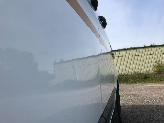 2018 Ford Transit Custom 2.0 Tdci 105Ps Low Roof Van Euro 6 (WV18EDC) Image 47