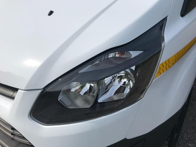 2018 Ford Transit Custom 2.0 Tdci 105Ps Low Roof Van Euro 6 (WV18EDC) Image 19