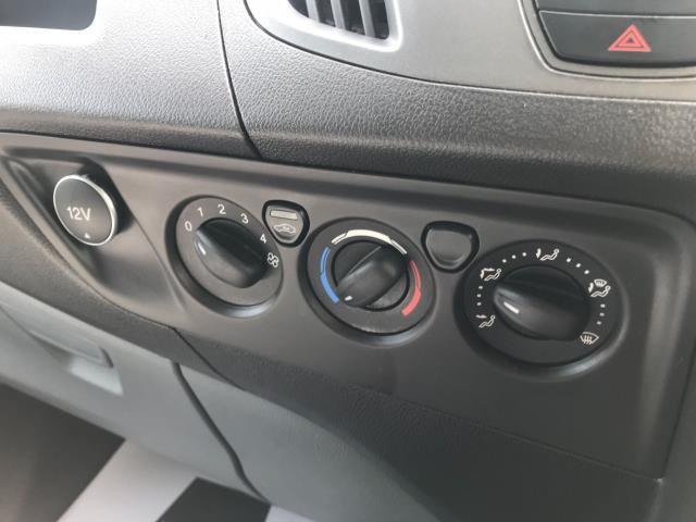 2018 Ford Transit Custom 2.0 Tdci 105Ps Low Roof Van Euro 6 (WV18EDC) Image 29
