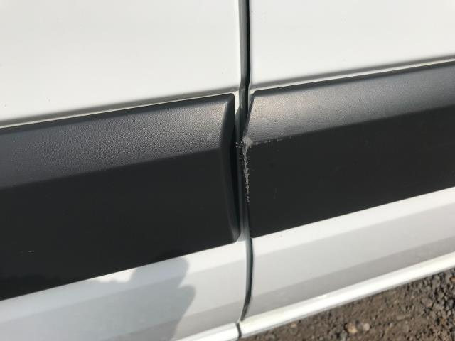 2018 Ford Transit Custom 2.0 Tdci 105Ps Low Roof Van Euro 6 (WV18EDC) Image 52