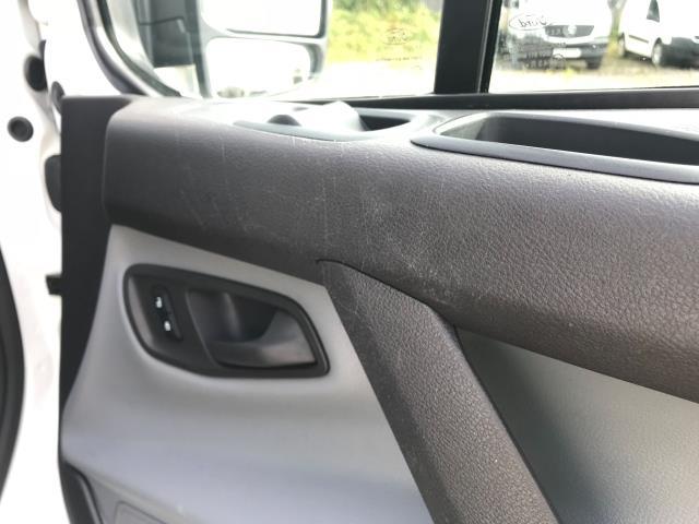 2018 Ford Transit Custom 2.0 Tdci 105Ps Low Roof Van Euro 6 (WV18EDC) Image 53