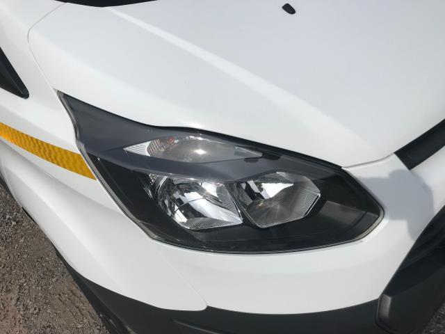 2018 Ford Transit Custom 2.0 Tdci 105Ps Low Roof Van Euro 6 (WV18EDC) Image 18