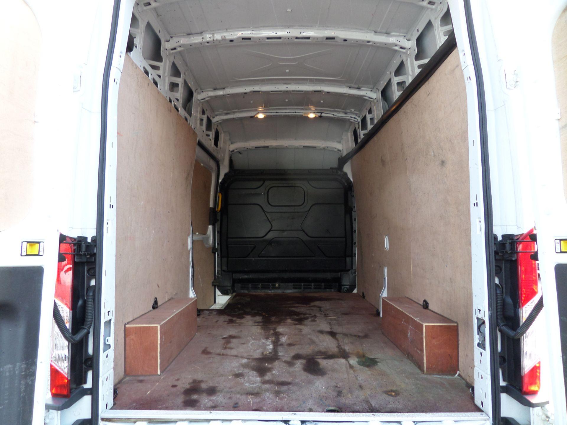 2018 Ford Transit 2.0 Tdci 130Ps H3 Van Euro 6 (WV18JXH) Image 5