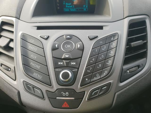 2015 Ford Fiesta DIESEL 1.5 TDCI VAN EURO 6 (WV65GKA) Image 20