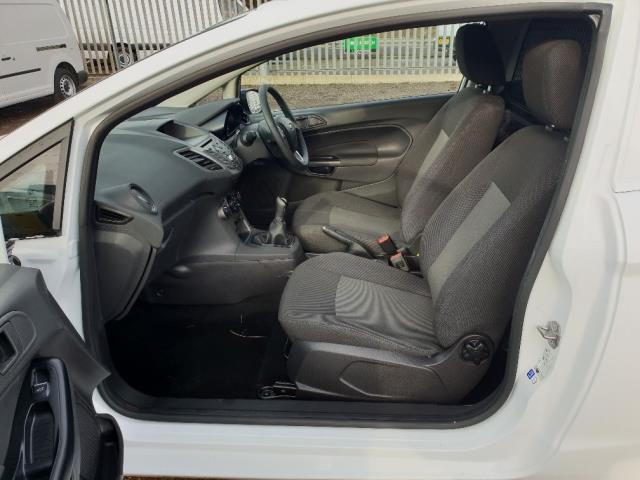 2015 Ford Fiesta DIESEL 1.5 TDCI VAN EURO 6 (WV65GKA) Image 5
