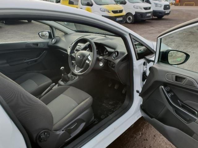 2015 Ford Fiesta DIESEL 1.5 TDCI VAN EURO 6 (WV65GKA) Image 12