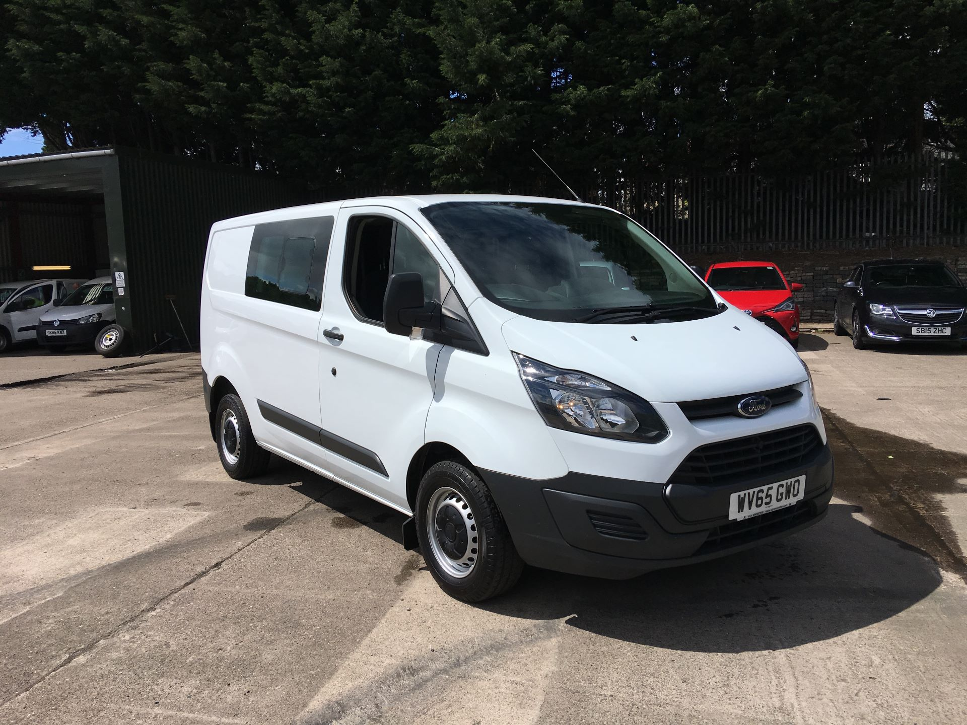 2015 Ford Transit Custom 290 L1 DIESEL FWD 2.2 TDCI 100PS LOW ROOF DOUBLE CAB VAN EURO 5 (WV65GWO)