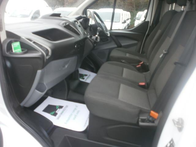 2015 Ford Transit Custom L1 SWB 2.2 Tdci 100Ps Low Roof Van EURO 5 (WV65KGA) Image 15