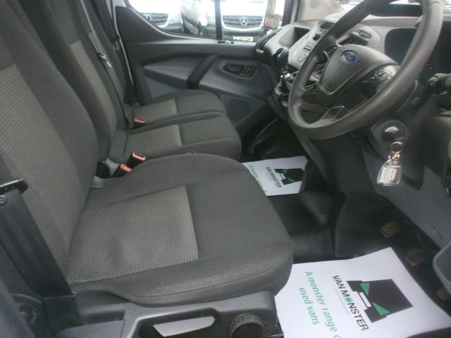 2015 Ford Transit Custom L1 SWB 2.2 Tdci 100Ps Low Roof Van EURO 5 (WV65KGA) Image 11