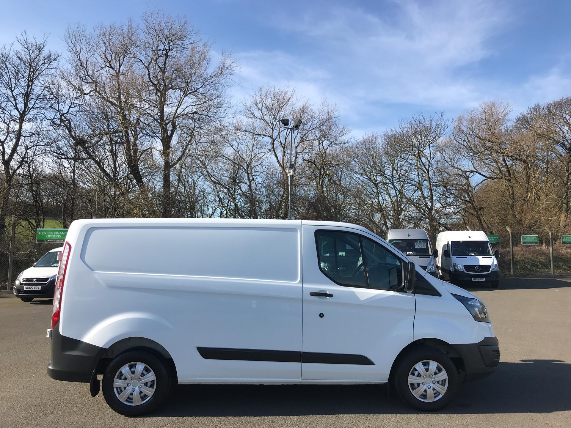 2015 Ford Transit Custom 290 L1 DIESEL FWD 2.2  TDCI 100PS LOW ROOF VAN EURO 5 (WV65KTE) Thumbnail 2