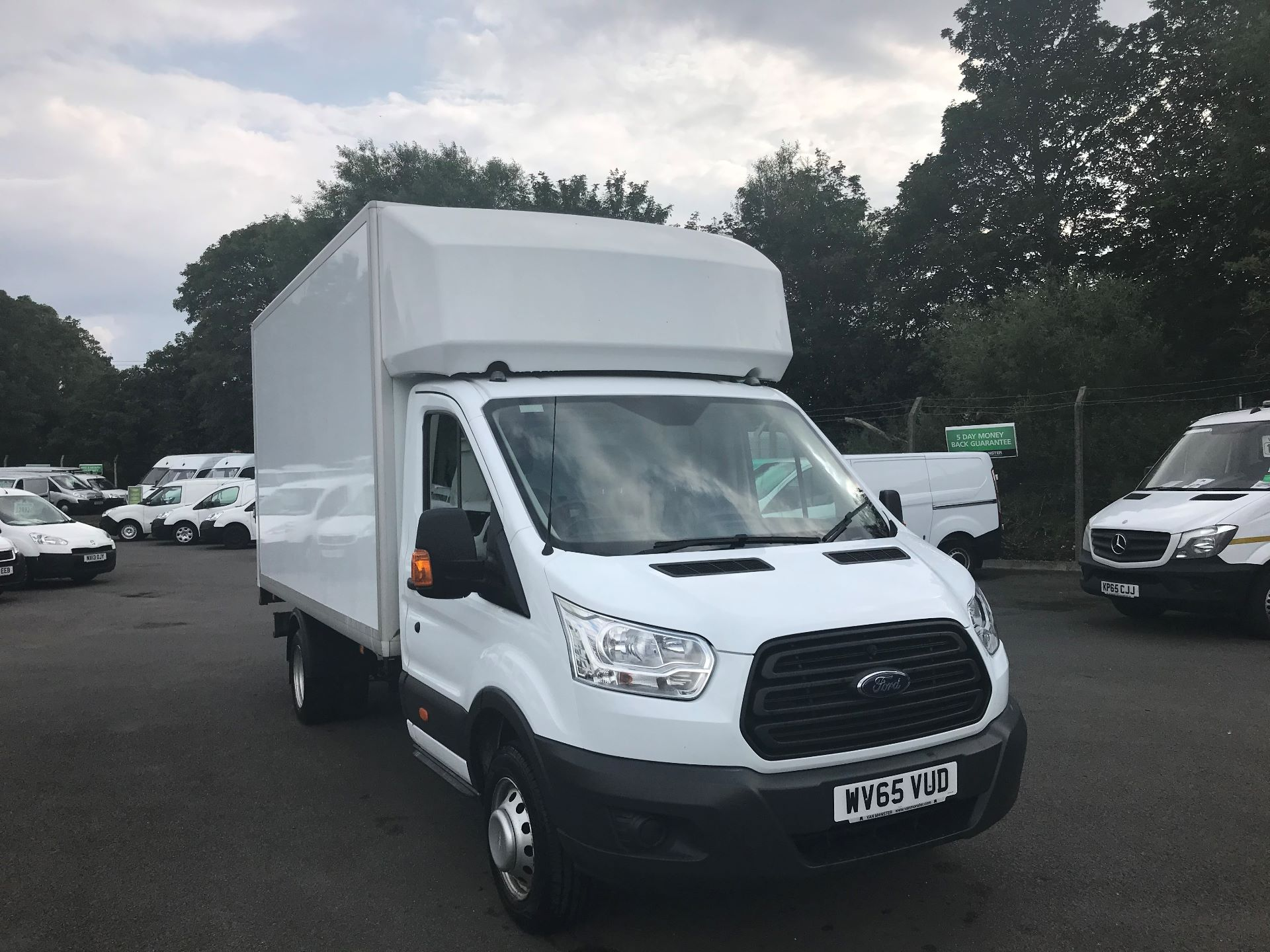 2015 Ford Transit 350 L4 LUTON 125PS EURO 5 (WV65VUD)