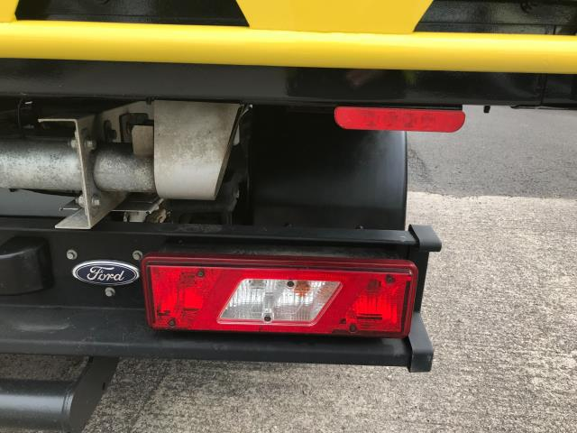 2017 Ford Transit T350 DOUBLE CAB TIPPER 130PS EURO 6 (WV67EZG) Image 29