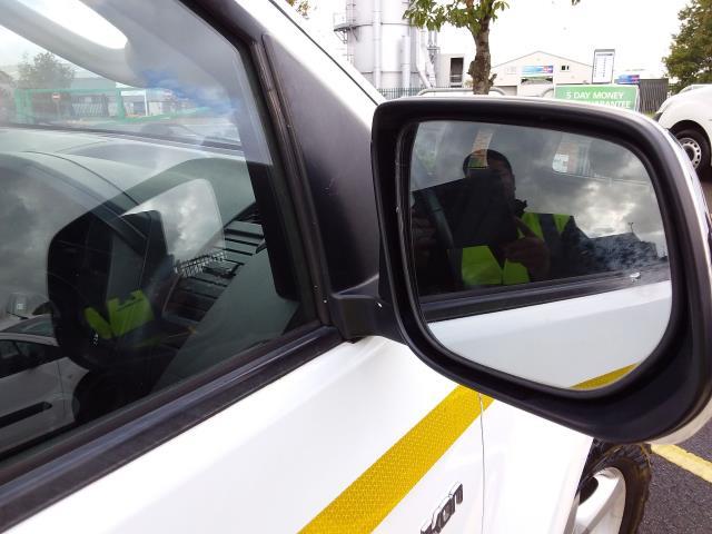 2015 Isuzu D-Max 2.5Td Yukon Extended Cab 4X4 (YA15XYJ) Image 11