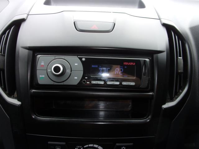 2018 Isuzu D-Max 1.9 Double Cab 4X4 (YA67HFU) Image 3