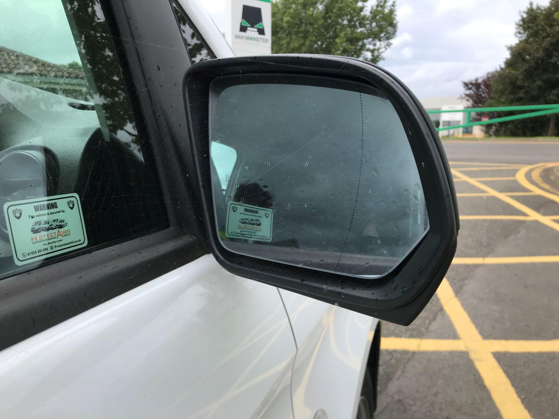 2019 Mercedes-Benz Vito 111Cdi Van (YB19EJJ) Image 10