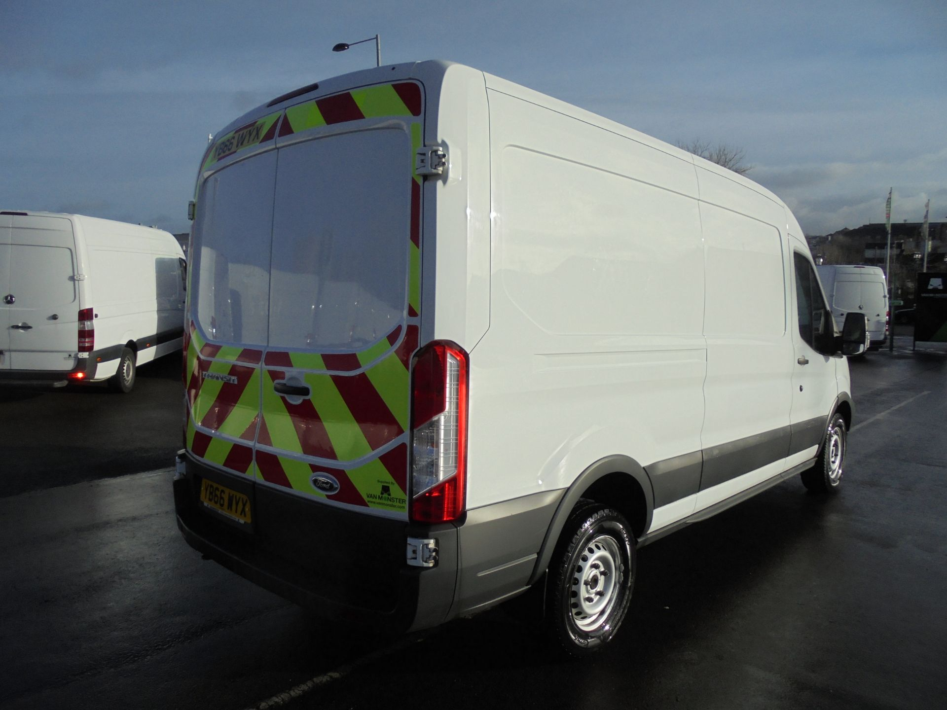 2016 Ford Transit 350 2.2 Tdci 125Ps L3 H2 Van Aftermarket Alarm and Security Locks (YB66WYX) Image 7