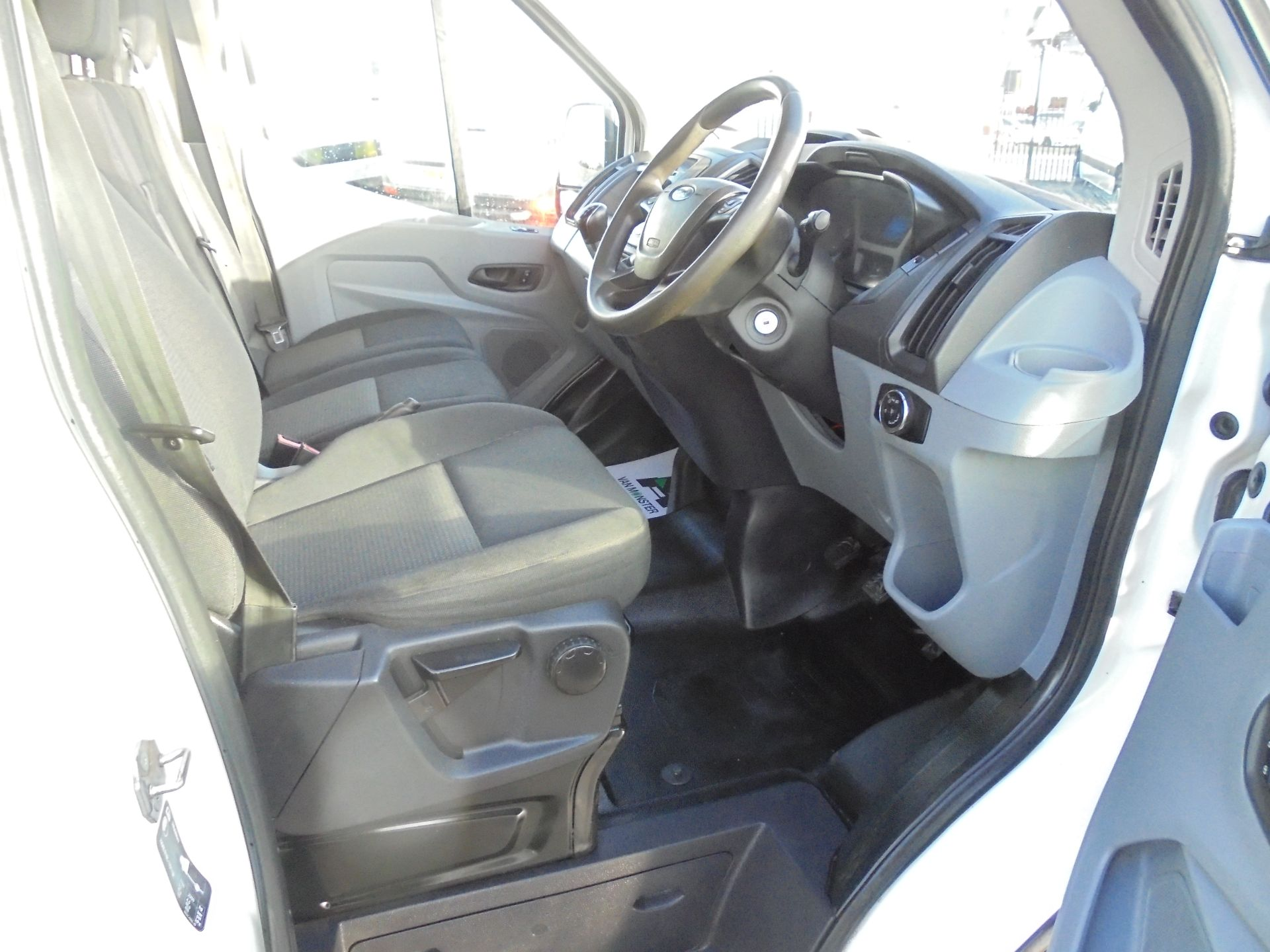 2016 Ford Transit 350 2.2 Tdci 125Ps L3 H2 Van Aftermarket Alarm and Security Locks (YB66WYX) Image 10